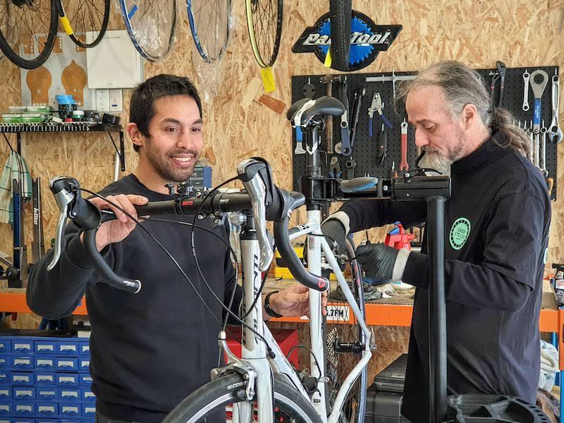 Geelong bike maintenance classes